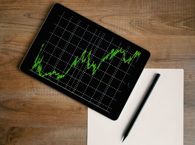 Analysts Give Their Take as Bitcoin Meets $10K Mark